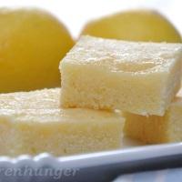 Saftiger Joghurt Zitronen Grieß Kuchen