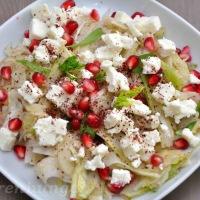 Fenchel Feta Salat mit Granatapfelkernen und Sumach