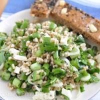 Dinkel Kräuter Lauch Salat