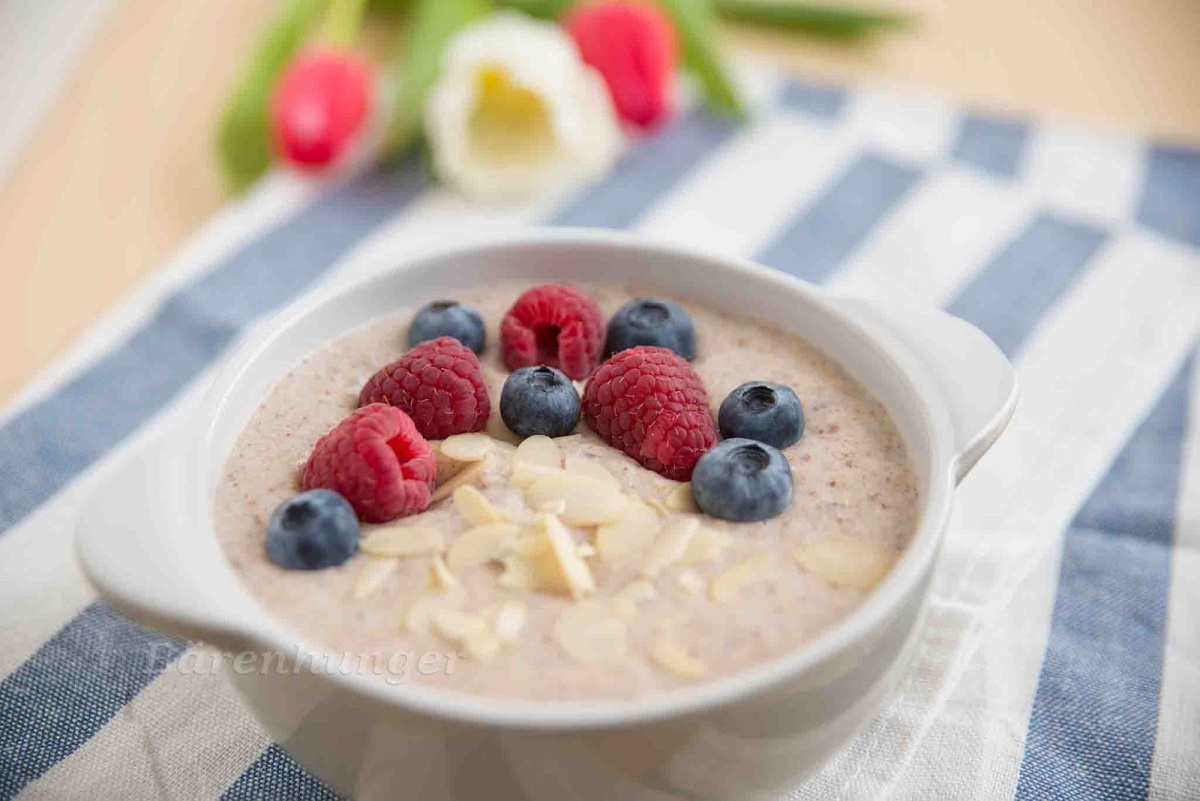 Sommerliches Mandel Kokos Porridge